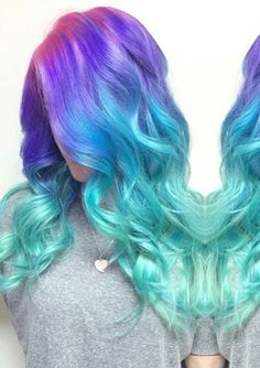 30 Popular & Magical Mermaid Hair Ideas For 2018 Summer, Stunningly styled and colored mermaid hair ideas listed below that ready to make any girl princess. Here are some ideas from the beachy waves to fisht. Pastel Ombre, Dyed Hair Pastel, Dyed Hair Ombre, Cute Hair Colors, Different Hair Colors, Hair Colours, Pelo Multicolor, Color Fantasia, Blonde Dye
