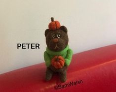 Needle Felted Soft Sculpture Gifts  by SamsFabulousFelts2 on Etsy Needle Felted Animals, Felt Animals, Needle Felting, Felt Gifts, Halloween Gifts, Soft Sculpture, Unique Jewelry, Handmade Gifts, Teddy Bear