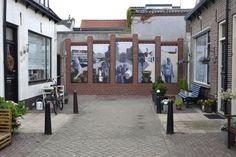 Muurschildering Jan Tooropstraat (kunstenaar Jaap van der Plas) Balcony, Nostalgia, Balconies