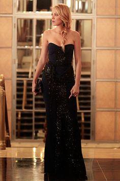 "Season 6, Episode 5: ""Monstrous Ball"" Serena van der Woodsen (Blake Lively) wears a Monique Lhuillier strapless navy dress with black sequined detailing."