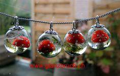 Schmuck - Kette - Jewelry Meine Kleine Welt - Fliegenpilz (Kunststoff), Moos und Pusteblumenschirmchen in Kunstharz eingegossen