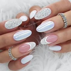 Semi-permanent varnish, false nails, patches: which manicure to choose? - My Nails Gel Nails At Home, New Year's Nails, White Nails, Pink Nails, Sparkle Nails, Gorgeous Nails, Pretty Nails, Nagellack Design, Wedding Nails Design