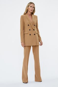 Women'S new in clothes. image 1 of flared trousers from zara Zara Fashion, Suit Fashion, Fashion Looks, Zara Outfit, Blazers For Women, Suits For Women, Clothes For Women, Women Blazer, Classy Outfits