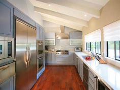 Selecting the Right Kitchen Window Treatments for Your Kitchen