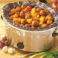 1 jar (9 to 10 oz.) sweet and sour sauce  1/4 cup packed brown sugar  3 tablespoons soy sauce  1/2 teaspoon garlic powder  1/2 teaspoon pepper  3 pounds frozen meatballs  1 medium red bell pepper, cubed  1 can (20 oz.) pineapple chunks, drained