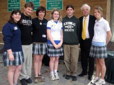 April 2007: Outspoken Darfur advocate Nick Clooney meets with students in the group Change! at Archbishop McNicholas High School. From left, Alexis Aiken, Erik Hile, Jennifer Spriggs, Kara Apel, Sammy Pettinicki, Nick Clooney and Erin Overman