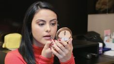 Watch as Elle takes 'Riverdale' actress Camila Mendes on her first New York Fashion Week Adventure Riverdale Funny, Riverdale Memes, Riverdale Cast, Veronica Lodge Riverdale, Riverdale Cheryl, Camila Mendes Veronica Lodge, Camila Mendes Riverdale, Riverdale Poster, Riverdale Betty And Jughead