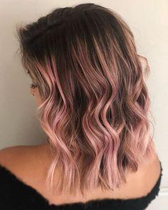 17 Greatest Red Violet Hair Color Ideas Trending in 2019 - Style My Hairs Red Violet Hair, Pink Hair, Pink And Black Hair, Burgundy Hair, Brown Hair, Cabelo Rose Gold, Spring Hairstyles, Easy Hairstyles, Medium Hairstyle