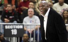 Magic Johnson yeniden Lakers'ta