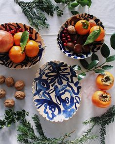 Oval cobalt platters and a festive spread! ✨