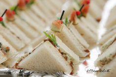 Mini club sanduíche de gorgonzola com geleia de figo …