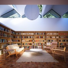 Hendee-Borg house interior by Peter Guthrie.  Love the room, but the furniture's gotta go.
