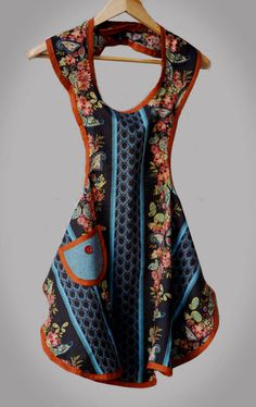 A Free Apron Pattern - Love this retro look!