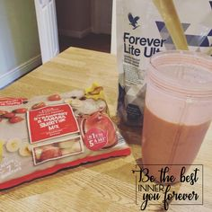 Quick and simple vegan friendly, diary free strawberry and banana Ultra shake.