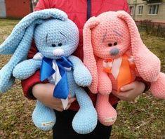 Плюшевые зайцы вязаные игрушки крючком