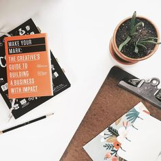 Today on the blog I'm sharing my favorite creative business resources for beginners! I hope these books and blogs help you kickstart your business and leave you inspired.   See the post at simplemondays.com.
