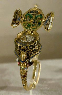 This is ring comes with a watch and Crucifixion triptych, instruments of the Passion, Jakob Weiss, gold and enamel, c.1585. Germany.