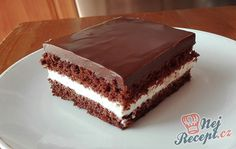 New Easy Cake : Nesquik cake Banana Recipes, Easy Cake Recipes, Strawberry Tart, Cake Toppings, Food Cakes, Cake Cookies, How To Make Cake, Nutella, Desserts