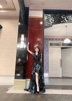 Outfit iu in hotel del luna Girl Celebrities, Korean Celebrities, Dress Outfits, Fashion Dresses, Dress Up, Luna Fashion, Baby Clothes Brands, Looks Chic, Korean Actresses