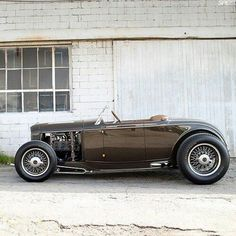 32 Ford roadster built buy Hollywood Hot Rods !