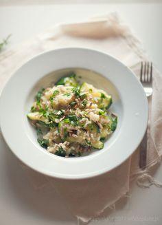 White Plate: Kuskus z warzywami i prażonym słonecznikiem
