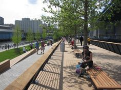 Decks Exteriores en Remodelación del Race Street Prier Park, Philadelphia de Carpenter