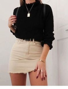 Schwarzer Pullover und Rock Outfit - Clothes - Moda World Denim Skirt Outfits, Rock Outfits, Cute Casual Outfits, Spring Outfits, Denim Skirts, Casual Dresses, Skort Outfit, Dress Outfits, Outfit Summer