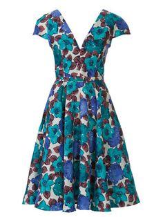 Kleid mit V-Ausschnitt und Tellerrock