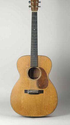 Jazz Guitar, Music Guitar, Cool Guitar, Vintage Martin Guitars, Vintage Guitars, Famous Guitars, Americana Music, Cheap Guitars, Dave Matthews Band