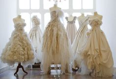 vintage ruffled wedding dresses