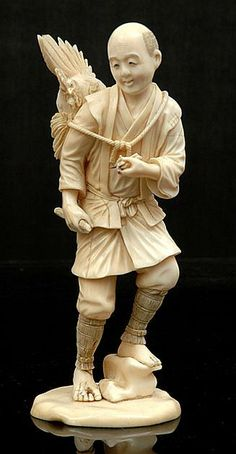 Japanese ivory okimono of a farmer, Meiji period 1868 - the standing figure modelled carrying his prized cockerel in a thatched sack holding a stick in his right hand. Katana, Le Morse, Asian Sculptures, Bone Crafts, Japan Art, Vintage Japanese, Chinese Art, Sculpture Art, Carving
