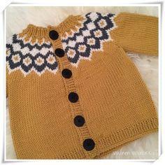 Neuloin meidän alle vuoden ikäiselle pienokaiselle lämpöisen Loki-neuletakin talveksi. Ohjeen tallensin jo edellistalvena koneelle, ja lang... Boys Sweaters, Men Sweater, Loki, Knitted Baby Clothes, Baby Knitting, Children, Crafts, Happy, Fashion