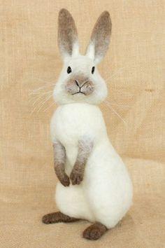 Timothy the Rabbit: Needle felted animal sculpture by Megan Nedds of The Woolen Wagon Needle Felted Animals, Felt Animals, Felt Bunny, Easter Bunny, Needle Felting Tutorials, Felt Fairy, Felt Mouse, Bunny Art, Animal Sculptures