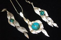 set of earings and pendant inspired by leafs; silver and chrysocol