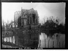 Le château de Ville près de Noyon : [photographie de presse] / Agence Meurisse | Gallica