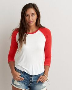 American Eagle Jegging Baseball Tee Red and white American eagle jegging baseball tee. Only worn once so it's practically brand new! It's a slightly cropped shirt size small American Eagle Outfitters Tops Tees - Short Sleeve American Eagle Outfits, American Eagle Jeggings, Plus Size Tops, Trendy Plus Size, Mens Outfitters, T Shirts For Women, Clothes For Women, White Outfits, American Eagle Outfitters Tops