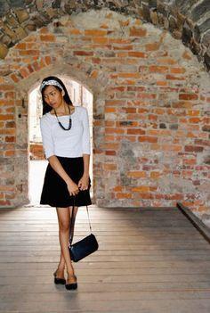 Black and white dress... Simple but elegant