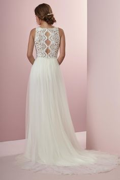New Dress- Rebecca Ingram Dress- Connie- Ivory Size 8 | Sell my Wedding Dress | £750.00 | In Stock