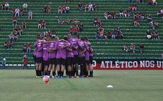 Parceria com o Atlético-PR rende três reforços para o Foz Futebol +http://brml.co/1IqXk1U