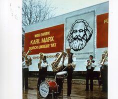 Eisenach - Blaskapelle spielt, 1982   Foto: Uwe Gerig
