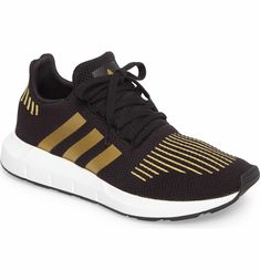 233fbda1082e75 Main Image - adidas Swift Run Sneaker (Women) Athleisure Fashion