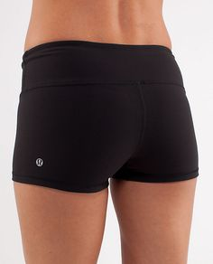 Lululemon Boogie Short, in Black/Light Pink/White waistband, size 6 - reversible to all black.