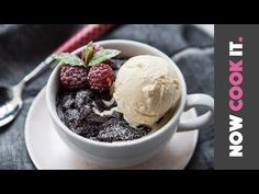 How To Make A Very Berry Brownie | Now Cook It - YouTube