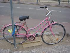 pink bike, Scheveningen