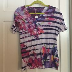 "Kiara Cute Striped T Shirt. Size Large Kiara cute striped t shirt. Splatter tie dyed print with raised crystals. V neck. Excellent condition.  Bust: 18.5"" measured flat across front. Length: 24"". Kiara Tops Tees - Short Sleeve"