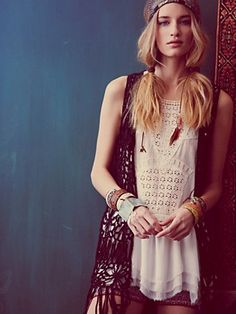 BOHEMIAN FASHION | Free People and their S-M-L limitations | Island Bohemian