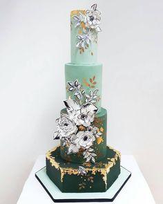 """247 Gostos, 3 Comentários - #No.1 Nigerian Cake Blog  (@cakebakeoffng) no Instagram: """"GORGEOUS Cake Design via @neviepie ✨#Cakebakeoffng #CboCakes #InstaLove #LikeforLike…"""""""