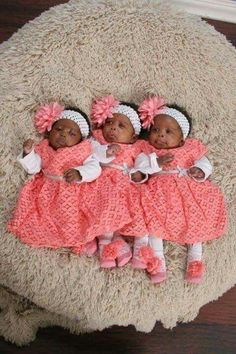 Triplets so beautiful Cute Outfits For Kids, Cute Kids, Cute Babies, Baby Kids, Funny Kids, Kids Fever, Baby Fever, Child Fever, Beautiful Black Babies