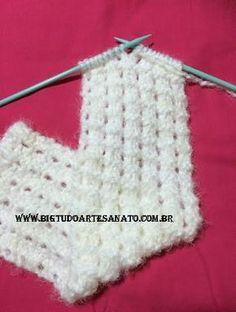 Stitch Patterns, Knitting Patterns, Crochet Coffee Cozy, Knit Bracelet, Hand Knit Scarf, Craft Free, Knitting For Beginners, Neck Scarves, Ponchos
