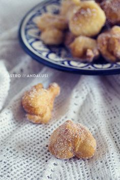 2. Papajotes de jaen by GastroAndalusi, via Flickr Spanish Food, Spanish Recipes, Little Cakes, Omelette, Mediterranean Recipes, Churros, Flan, Cakes And More, Pretzel Bites